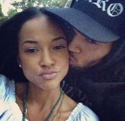(Rihanna come get ya man!!) Karrueche Tran confirms Chris Brown break up rumours